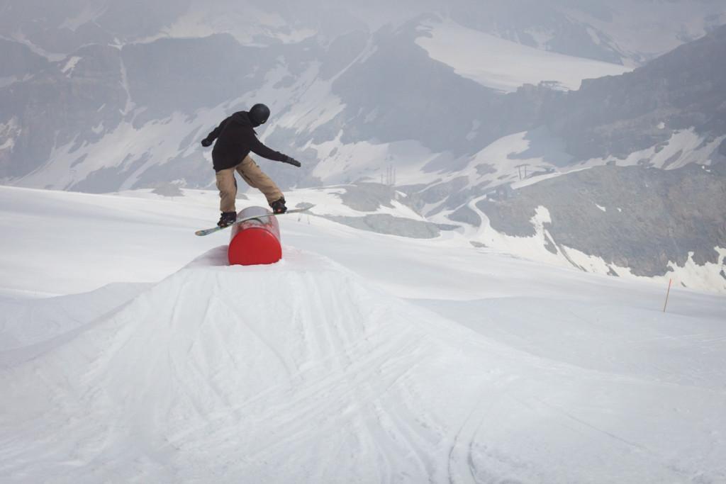 Front boardslide
